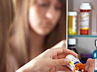 prescription medicine abuse on the rise Prescription drug abuse is on the rise - get the facts the abuse of prescription drugs is a national crisis - one that has state and federal government agencies scrambling yet making scant progress in curtailing.