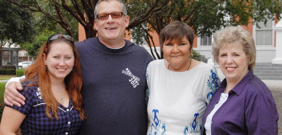 Community Turns Out for Recovery